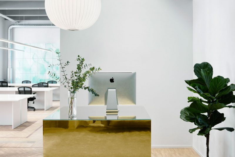 Reception / lounge @whispr
